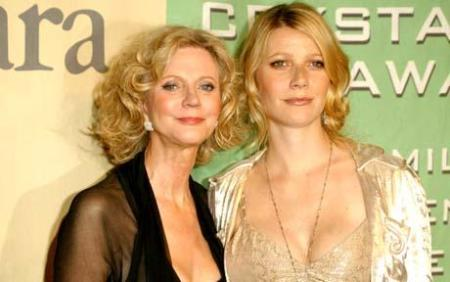 WOMEN IN FILM CRYSTAL AND LUCY AWARDS, WESTIN CENTURY PLAZA HOTEL, LOS ANGELES, AMERICA - 18 JUN 2004