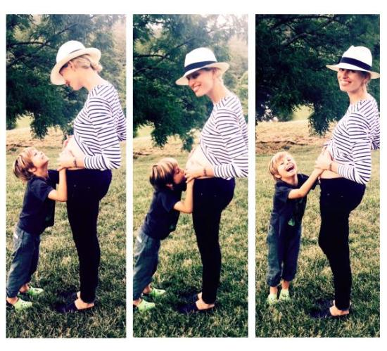 Karolina Kurkova announced her second babe was on the way with her little boy Tobin.