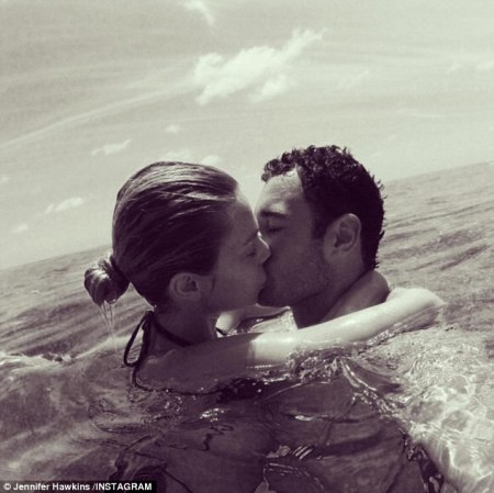 Jennifer Hawkins and hubby Jake Wall celebrate on a weekend away