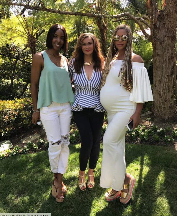 Kelly Rowland, Bey's mum Tina Lawson and Beyonce
