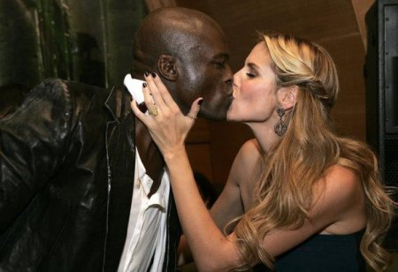 Heidi-Klum-and-Seal-Are-Officially-Divorced-650x445