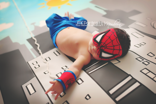 Baby Spidey....check out that hand!