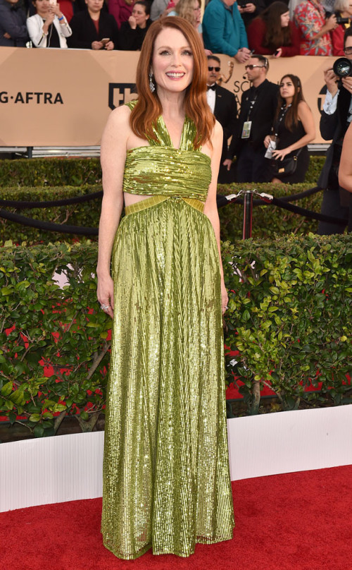 Julianne Moore in green Givenchy