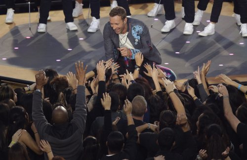 Chris Martin gets up close with fans
