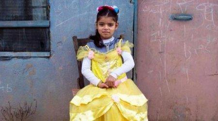 Aya, 6 wants to be an actress