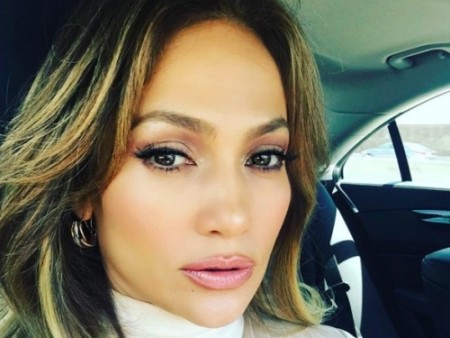 JLo is the QUEEN of the glow