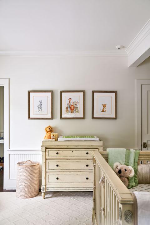 gallery-1478111565-alec-baldwin-home-baby-room