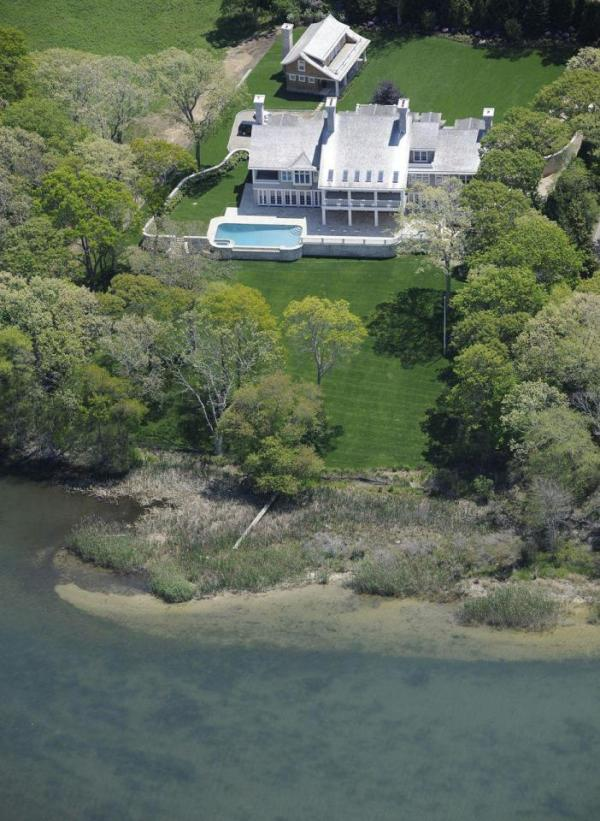 Spectacular aerial view of the property. Image: Jeffrey Colle