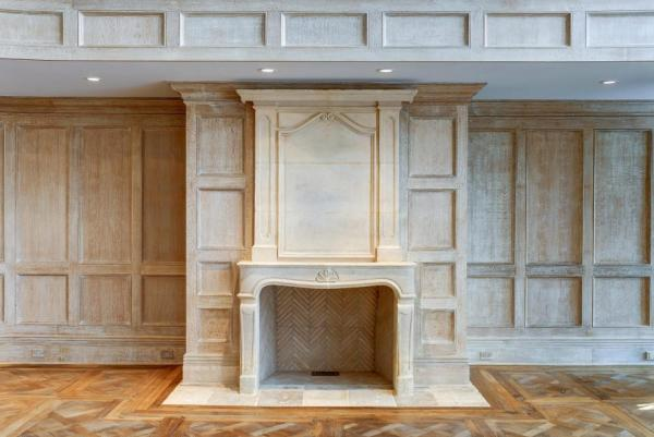 There are fireplaces everywhere. Image: Jeffrey Colle