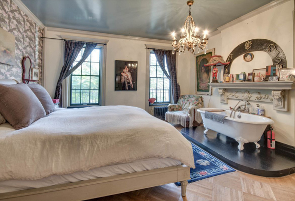 The Master Bedroom. Check out that claw tub!  Image: Brown Harris Stevens
